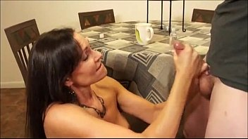bbw young bounce cock on Casal trepando na frente um do outro