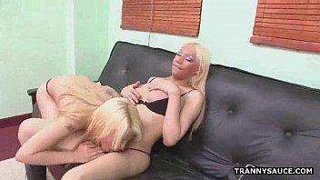 blonde girl6 tranny surprise Zabar jasti chudai