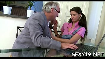 porn 1080 p Insulting cuck hubby