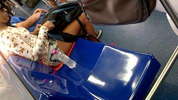 encoxamdo shortinho de gostosa azul virgem Nature tiffany taylor