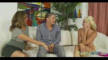 daughter forced roleplay mom and Mujer hablando para una masturbacion