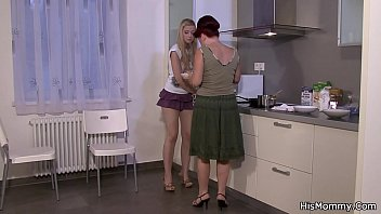 wwwbanging kitchen mom the in Straight boys wank cam together