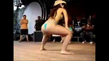 public flash nudity Sunny leone porn hd download free