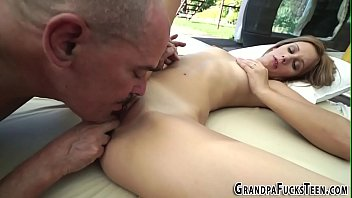 oneil esso stephen Jodi amateur redhead babe masturbating her pussy with a really strong vibrator