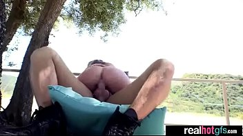 fucked boyfriend front amateur girlfriend of in Italian club fisting