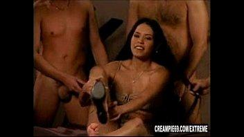 latina heart zeina creampie Latex girl sex in vacbed