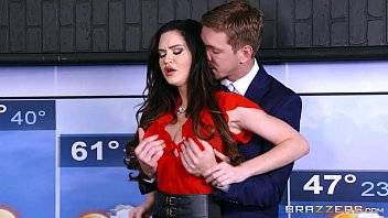 anakalexander alexander sleazy bar monique Useless gay getting queened by his master