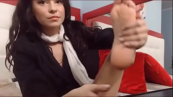 feet lez licking Russian bitch forced infront of boy friend2