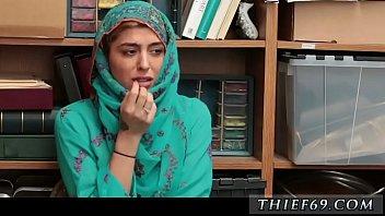 hijab cuple srilanka Moglie da ginecologo