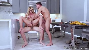 n zqvq jw Lovely blonde babe gets her pussy screwed by nasty dude