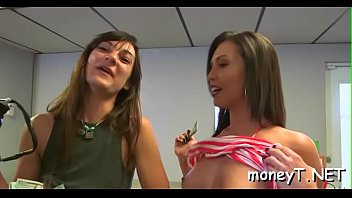 na alexandre favela6 frota Handsome sex scene is performed by lesbian hotties