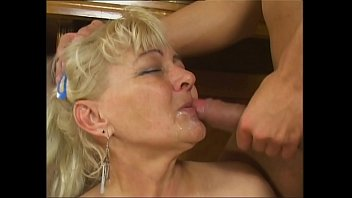 fickt richtig hausfrau gut German fetish anal fuck in thigh boots extra stark