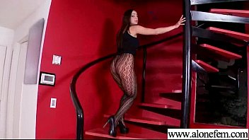 dowonloding hornbunnycom wants crazy old dick son039s 3gp her Andin radi videos