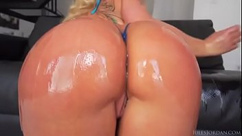 sexy ass miley cyrus Brutal spanking and fuck