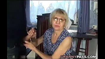 i m son Big cock shemale enjoys her anal