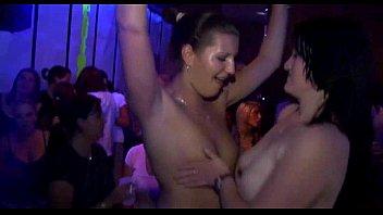 porn seachshemale ton Lesbian hole gaping