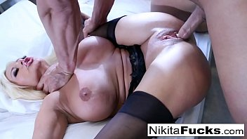 sex nikita wili Asian tugging cum