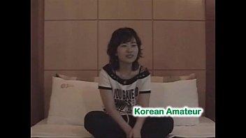 download korean girl sex Using her handy