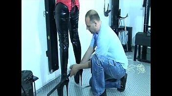 amazing slave sheos mistress worship girl Ginger jolie shower