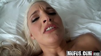 doesnt i know blacks2 that husband like 100 guys cum on wife face
